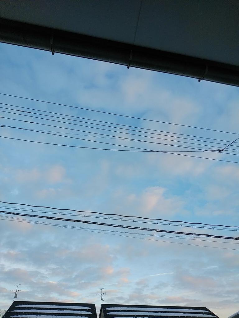 冬の日の青空
