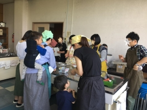 川治公民館での乾物料理教室の様子